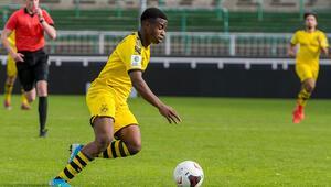 Geleceğin golcüsü: Youssoufa Moukoko