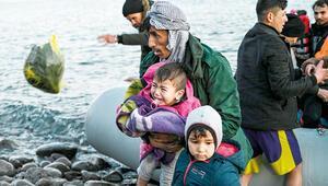Göçmeni sırtından vurdular