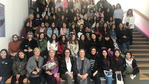 Kız öğrencilere bilişim kariyerinin önünü açan deneyim
