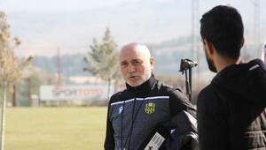 Yeni Malatyaspor'da Hikmet Karaman ilk antrenmanına çıktı