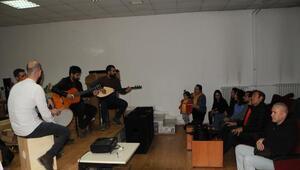 Tuncelide 14 okulda müzik atölyesi kuruldu