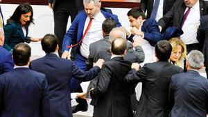Özkoç konuştu, Meclis karıştı CHPli Engin Özkoça Cumhurbaşkanına hakaretten soruşturma
