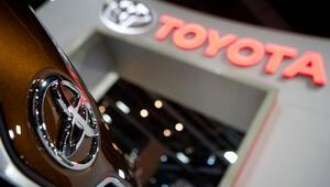Toyota, yüz binlerce otomobilini geri çağırıyor Sebebi ise...
