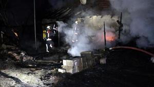 Ankarada gecekondu yangını: 6 kişi dumandan etkilendi