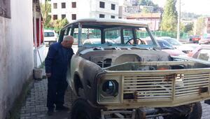 23 yıl önce Palaya satmıştı... 28 ayda hurda haldeki arabayı topladı