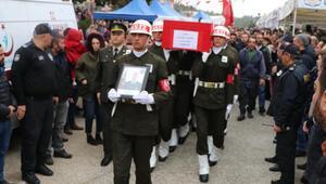 Şehit Uzman Onbaşı Armağan Akmanın cenazesi, Denizliye getirildi