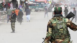 Son dakika haberler... Afganistanda siyasi liderlerin katıldığı törende bombalı saldırı