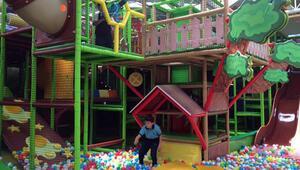 Monkey Jungle'da Çocuklar İçin Eğlenceli Bir Gün