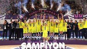 Türkiye Kupasında zafer Fenerbahçe Öznur Kablonun oldu