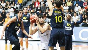 Beşiktaş Sompo Sigorta 73-74 Fenerbahçe Beko