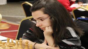 Handenur Şahin: Engelleri satranç sevgisiyle aşabiliyorum