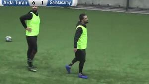 Arda Turan sahalara döndü Süper gol...