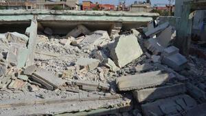 Bulvar çalışması için 10 yıl önce boşaltılan tek katlı bina çöktü