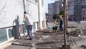 Bağlar Belediyesinden okul onarımı