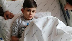 Almanyada hastanede yatağa bağlanan Kaan, Türkiyeye getirildi