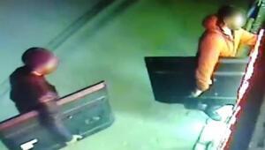 Dernek binasından televizyon ile projeksiyon cihazı çalan hırsızlar tutuklandı