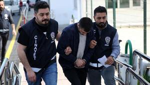 Adanada bıçaklı kavga: 1 ölü, 1 yaralı