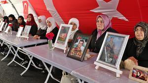 Diyarbakırda HDP önündeki eylemde 192nci gün