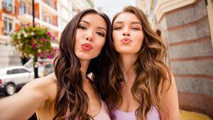 Kusursuz Bir Selfie İçin Makyaj Tüyoları
