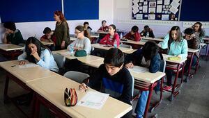 Bugün okullar tatil mi, okul bugün (13 Mart) var mı Liseler ve ortaokullar ne zaman tatile giriyor