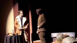 """""""İnce Memed"""" 4 Mevsim Tiyatro Salonu'nda Seyirci Karşısına Çıkıyor"""