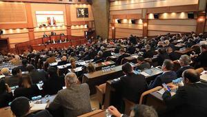 İBB Meclisi tiyatrocuların dönüşüne izin vermedi