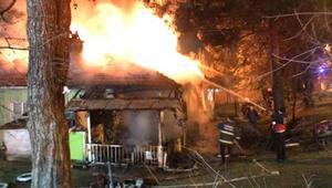 Karabük'te 2 ev alev alev yandı