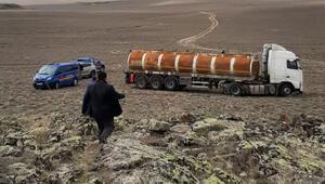 Boru hattından petrol çalanlar suçüstü yakalandı