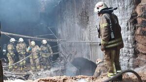 Fatihte Tarihi Nişanca Hamamında yangın
