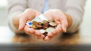 Emeklilerin gelirlerini 1.300 memur inceleyecek