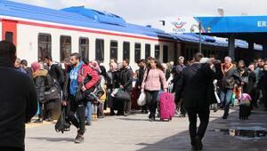 Erzurum Tren Garında Corona Virüs yoğunluğu
