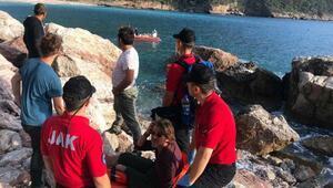 Kayalıktan düşen Hollandalı turisti JAK timi kurtardı