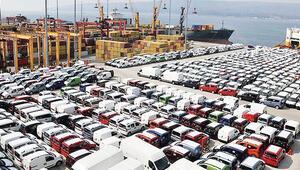 Otomobil üretimi arttı ticari düştü