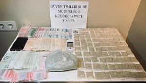Küçükçekmecede uyuşturucu operasyonu: 2 gözaltı