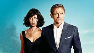Bond kızı da virüs kaptı