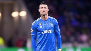 Son Dakika | Corona virüs karantinasındaki Cristiano Ronaldo için Juventustan flaş karar