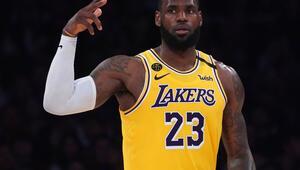 NBAde gergin corona virüs bekleyişi LeBron James...