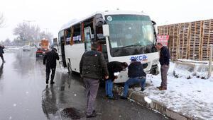 Kayseride  6 aracın karıştığı zincirleme kaza: 18 yaralı
