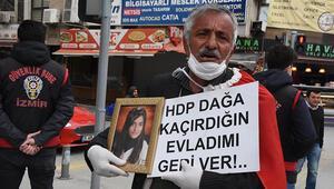 İzmirdeki babanın HDP önündeki evlat nöbeti sürüyor