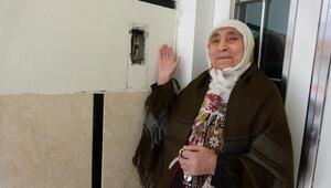 Sultangazide apartmanın diyafonu çalındı
