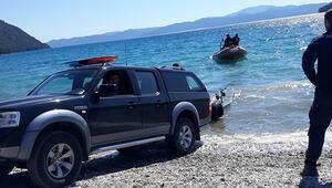 Marmariste, balığa çıkıp kaybolan 3 kişiyi arama çalışmalarında 5inci gün