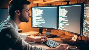 2 milyon bilişim uzmanı yetiştirmeyi hedefliyor