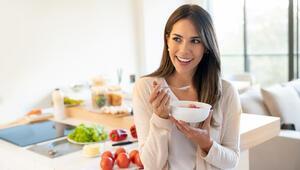 Uzun süre evde kalma sürecinde nasıl beslenmeliyiz, nelere dikkat etmeliyiz
