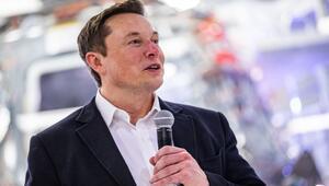 Elon Musk koronavirüs salgınını ciddiye almamakla eleştirildi