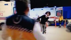 Önce kendisini tedavi eden sağlık görevlisine ardından da gazeteciye saldırdı