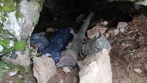 Hakkaride PKKnın füzesi, silah ve el bombası ele geçirildi