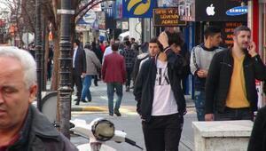 Kırıkkalede sokağa çıkan yaşlılara uyarı