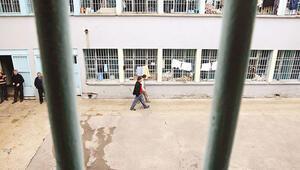 İnfaz yasası 100 bin mahkûmu etkileyecek