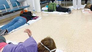 İspanya'da hastalar yerde