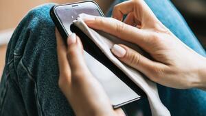 Koronavirüs tehdidine karşı telefon ve tabletler nasıl temizlenir
